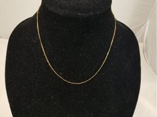 14KT  Yellow Gold Dainty Figaro Chain Necklace – 18″ Long