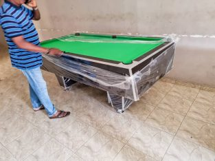 SNOOKER BOARD WITH FULL ACCESSORIES