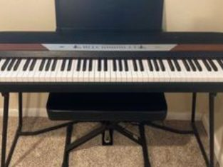 Korg  electric keyboard with weighted Keys